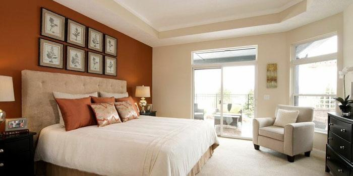 Epcon homes feature first-floor owner suites with no steps needed to access them.
