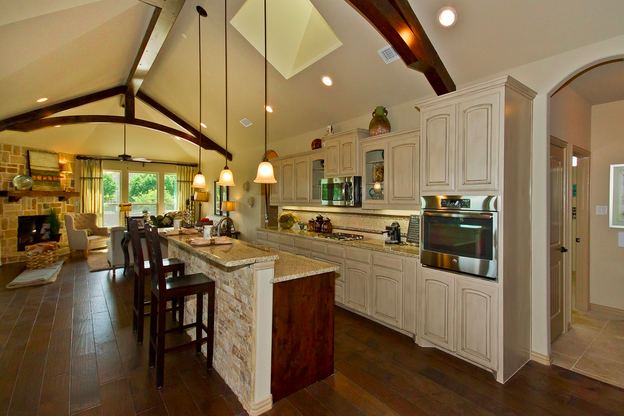 Research shows that 55+ buyers are looking for open concept floorplans with room for entertaining.
