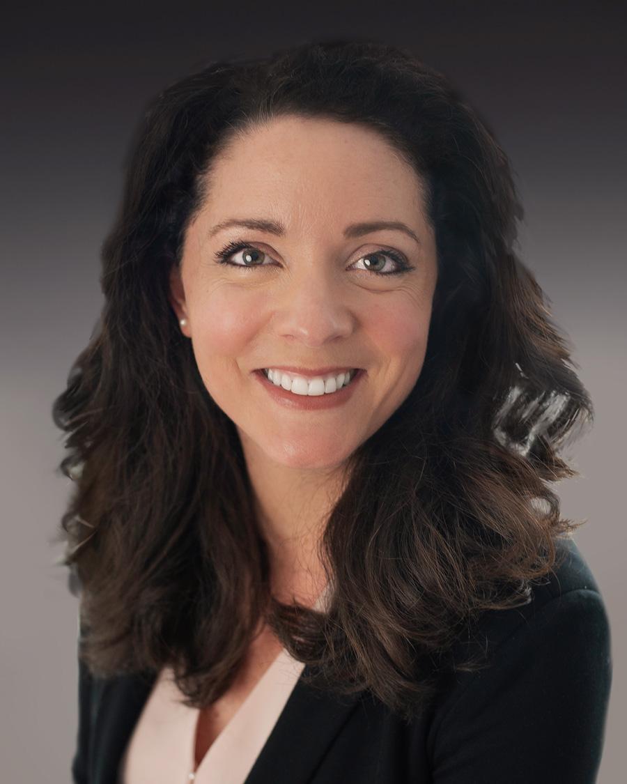 Headshot of Dominique Main